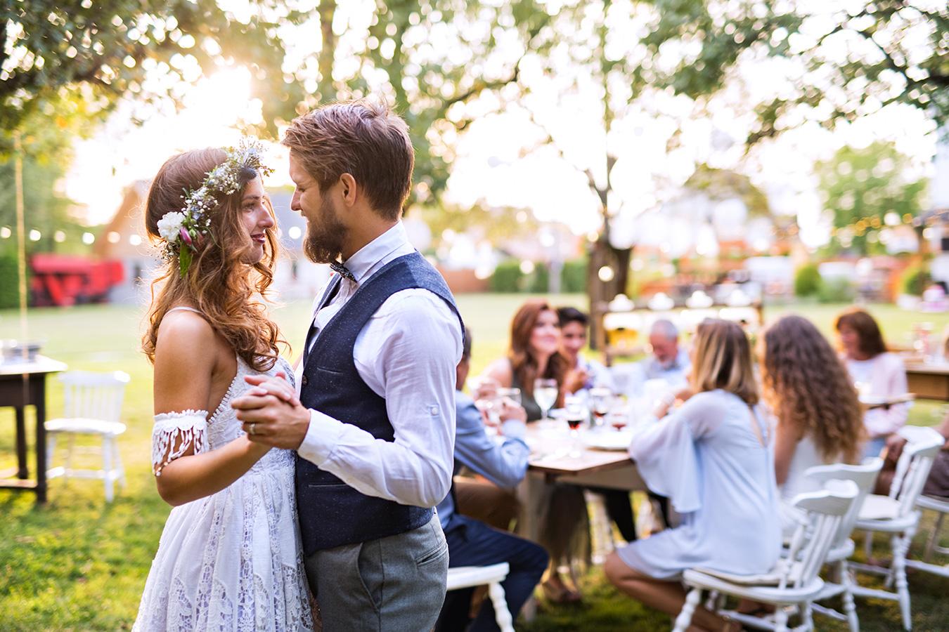 Things to Plan for When You're Having a Backyard Wedding ...